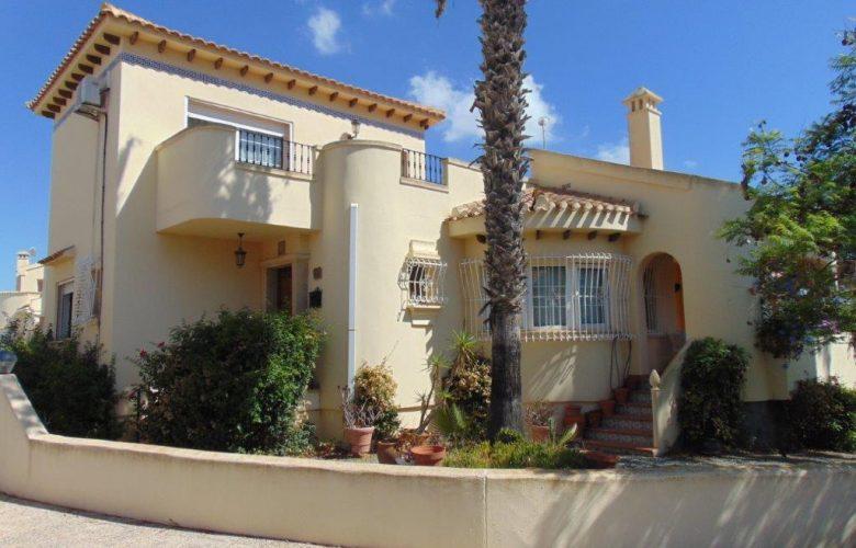 Detached villa in Las Ramblas